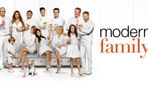 "10 Thoughts I Had While Watching ""Modern Family: Red Alert"""