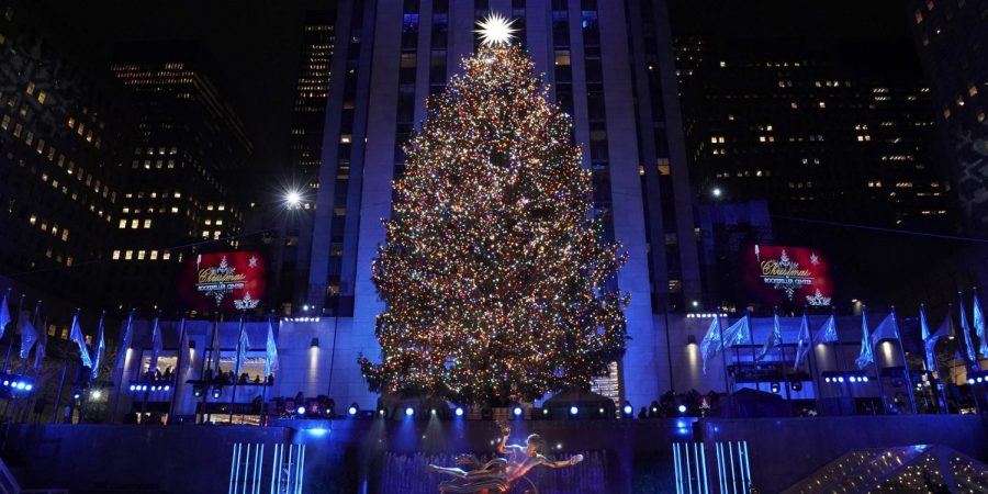 The+Lighting+of+the+Rockefeller+Center+Christmas+Tree%3A+An+American+tradition