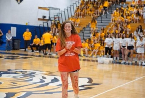 Senior Meghan Kropp shows her spirit during Battle of the Classes 2020